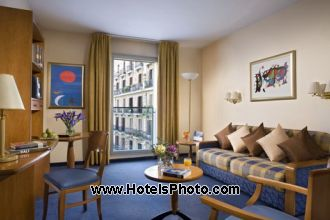 Image principale de l'hôtel Citadines Barcelona Ramblas offert par VosVacances.ca