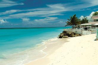 Image du butterfly beach hotel beach offert par VosVacances.ca