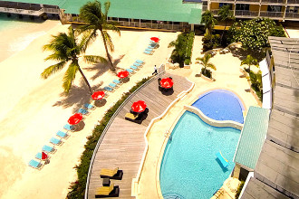 Image du radisson aquatica resort beach offert par VosVacances.ca