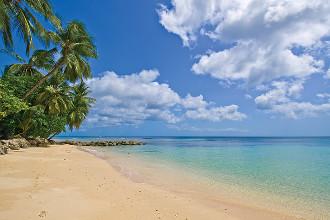 Image du st peters bay luxury resort and residences beach offert par VosVacances.ca