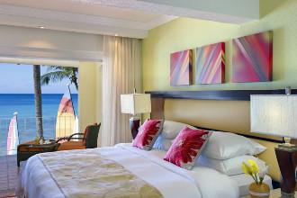 Image du tamarind cove by elegant hotels balcony offert par VosVacances.ca