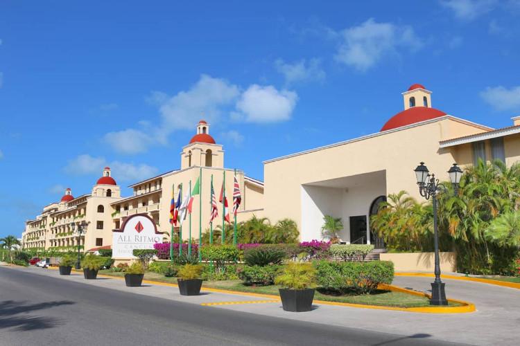 Image principale de l'hôtel All Ritmo Cancun offert par VosVacances.ca