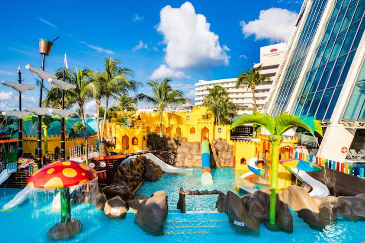 Image du crown paradise beach offert par VosVacances.ca