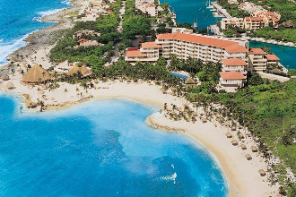 Main image of the Dreams Puerto Aventuras offered by YourVacations.ca