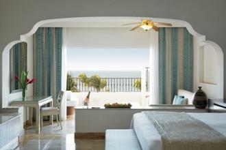 Image du excellence riviera cancun balcony offert par VosVacances.ca