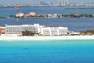 Main image of the Flamingo Cancun offered by YourVacations.ca