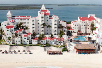 Main image of the Grand Caribe By Solaris offered by YourVacations.ca