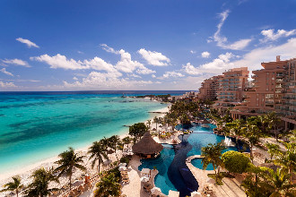 Main image of the Grand Fiesta Americana Coral Beach offered by YourVacations.ca