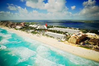 Main image of the Grand Oasis Cancun offered by YourVacations.ca