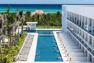 Main image of the Platinum Yucatan Princess offered by YourVacations.ca