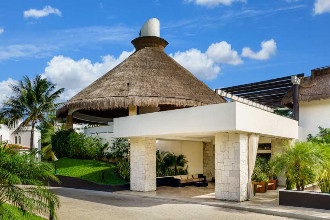 Main image of the Reef Club Playacar offered by YourVacations.ca