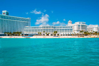 Main image of the Riu Cancun offered by YourVacations.ca