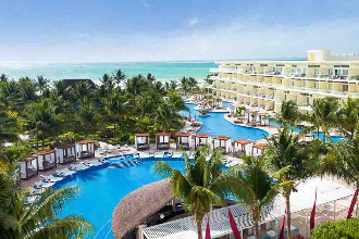 Image principale de l'hôtel Azul  Riviera Cancun offert par VosVacances.ca