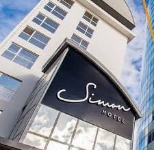Main image of the Simon Hotel offered by YourVacations.ca