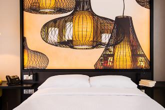 Image du simon hotel balcony offert par VosVacances.ca