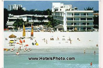 Image principale de l'hôtel Days Hotel Thunderbird offert par VosVacances.ca