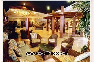 Image du days hotel thunderbird  ex best western  restaurant offert par VosVacances.ca
