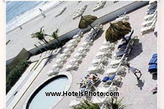 Image du days hotel thunderbird  ex best western  suite offert par VosVacances.ca
