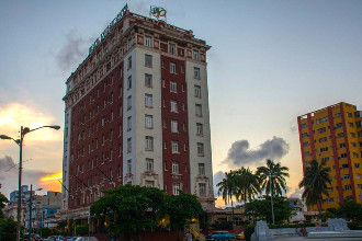 Main image of the Hotel Presidente offered by YourVacations.ca