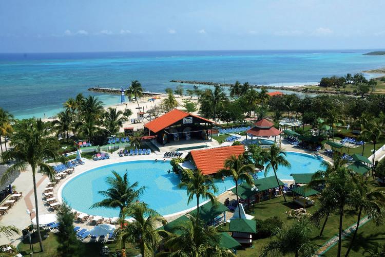 Image du brisas guardalavaca beach offert par VosVacances.ca
