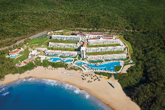 Main image of the Secrets Huatulco offered by YourVacations.ca