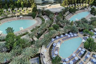 Image du aria resort casino balcony offert par VosVacances.ca