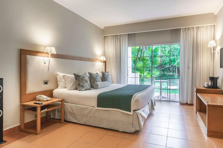 Image du be live canoa adults beach offert par VosVacances.ca