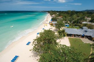 Image du grand pineapple resort beach offert par VosVacances.ca