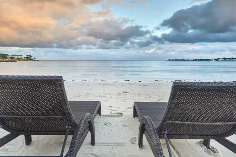 Image du hideaway at royalton negril beach offert par VosVacances.ca