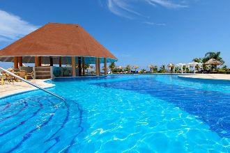 Image du luxury bahia principe runaway bay hotel offert par VosVacances.ca
