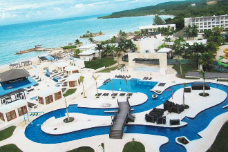 Image du royalton blue waters beach offert par VosVacances.ca