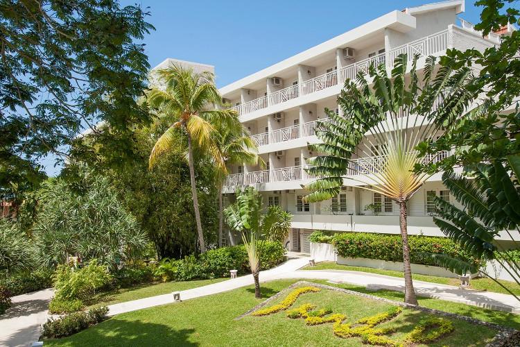 Image principale de l'hôtel Sandals Ochi Beach offert par VosVacances.ca