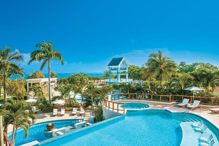 Image du sandals ochi beach hotel offert par VosVacances.ca
