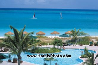 Image du sands at grace bay pool offert par VosVacances.ca