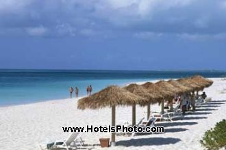 Image du sands at grace bay restaurant offert par VosVacances.ca
