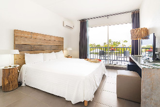 Image du hotel golf marine balcony offert par VosVacances.ca