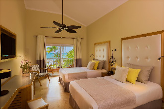 Image du grand palladium palace beach offert par VosVacances.ca