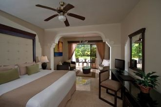Image du melia caribe tropical balcony offert par VosVacances.ca