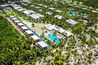 Main image of the Royal Catalonia Bavaro offered by YourVacations.ca