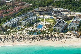 Image principale de l'hôtel Royalton Punta Cana offert par VosVacances.ca