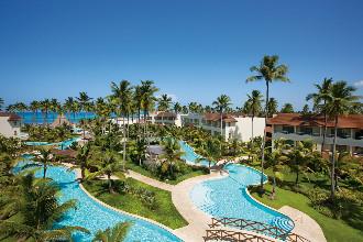 Image principale de l'hôtel Secrets Royal Beach offert par VosVacances.ca