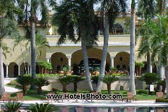Main image of the Casa Velas offered by YourVacations.ca