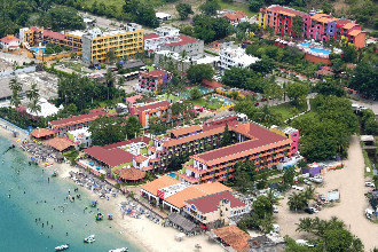 Image principale de l'hôtel Decameron Los Cocos offert par VosVacances.ca