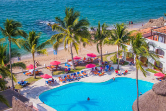 Main image of the Plaza Pelicanos (pas grand) offered by YourVacations.ca