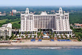 Main image of the Riu Palace Pacifico offered by YourVacations.ca
