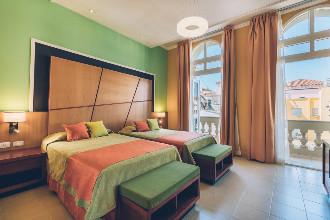 Image du hotel imperial balcony offert par VosVacances.ca