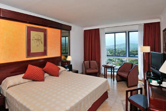 Image du melia santiago balcony offert par VosVacances.ca