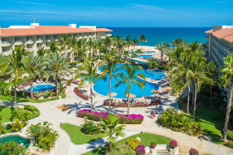 Main image of the Barcelo Gran Faro offered by YourVacations.ca