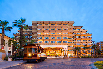 Main image of the Villa del Palmar offered by YourVacations.ca
