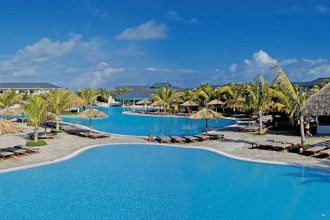 Main image of the Melia Las Dunas offered by YourVacations.ca